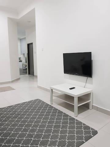 Modern Minimalist Guest House in Kerteh 2