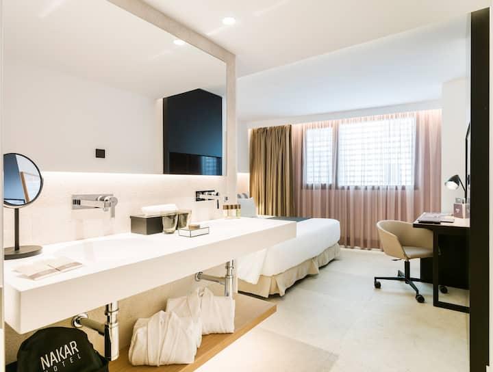 NAKAR Hotel - Standard Single Room