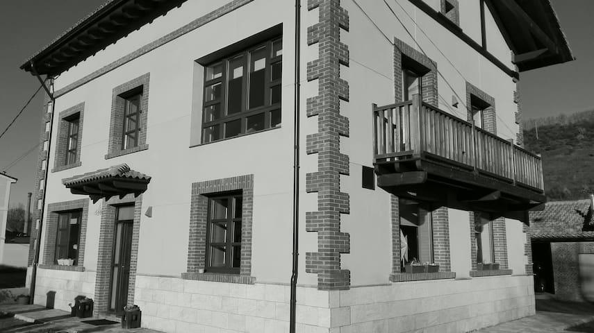 Casa de Luz-Puente Almuhey