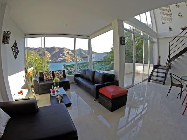 Beautiful &  Modern Home in Taganga
