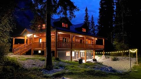 Hedberg Peak Guest Suites- Poplar Room