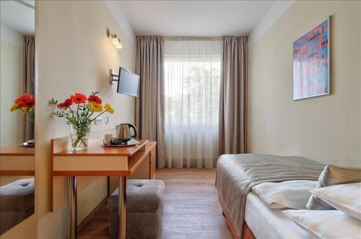 Standard Single room in hotel AIDA
