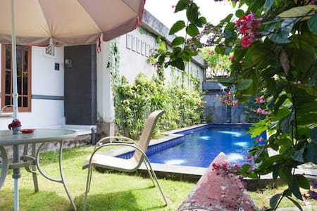 Peaceful Garden Cottages - Kuta Utara - Cabaña