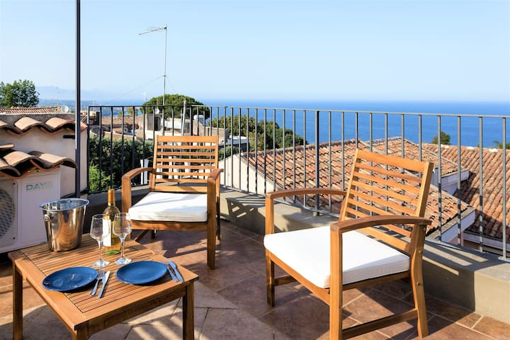 New! House near Etna with terrace, sea view, bbq
