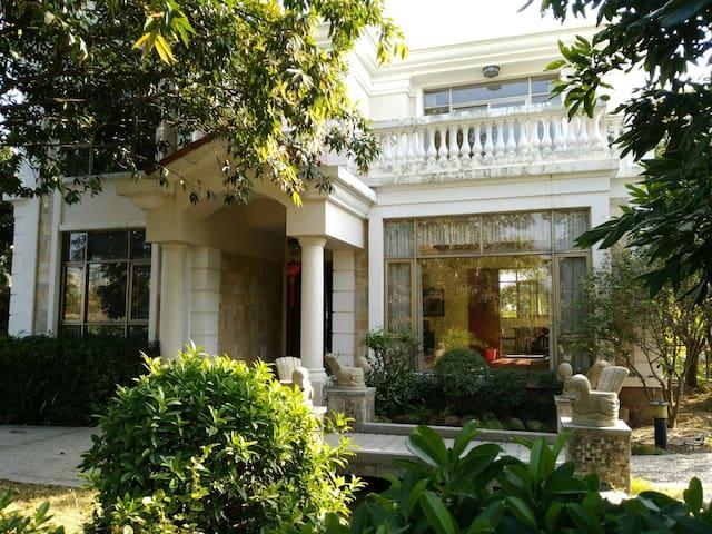碧桂园独栋别墅 - Yibin - House