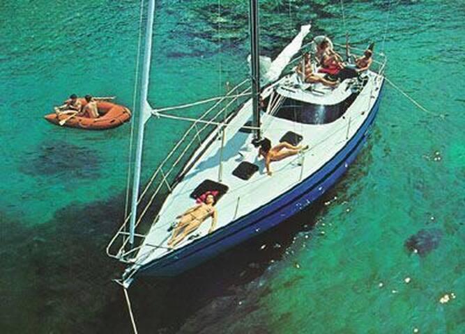 FREEDOM - Taranto - Båt