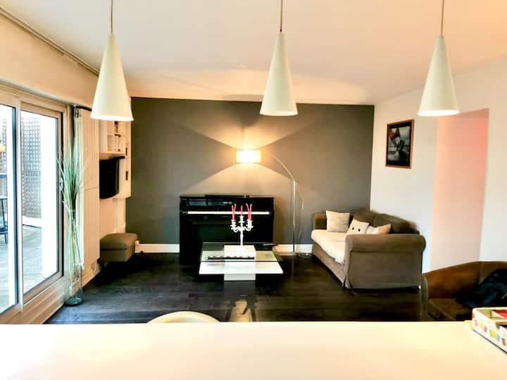 Chambre privée dans bel appartement calme et clair