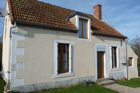 Gite Jaunoux - Maisonnais