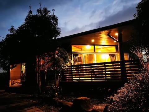 ★プライベート温泉付き★隠れ家一棟貸しShankara Lodge