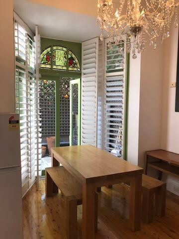Garden 2 Bedroom Apartment Sydney Darlinghurst