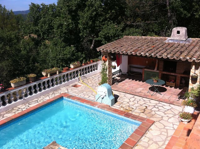 Villa Provençale avec piscine 8 p - Bras - Ev