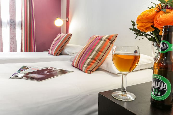 Cozy Hostel - In the heart of Paris - Paryż