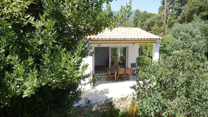Petite maison type T2 en pleine campagne - Sarrola-Carcopino - Apartmen