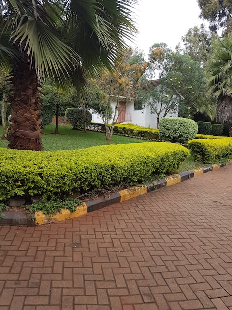 1 BEDROOM COTTAGE NEAR THE KAREN COUNTRY CLUB