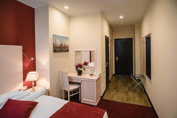 Хорошая комната для одного у Дмитровской