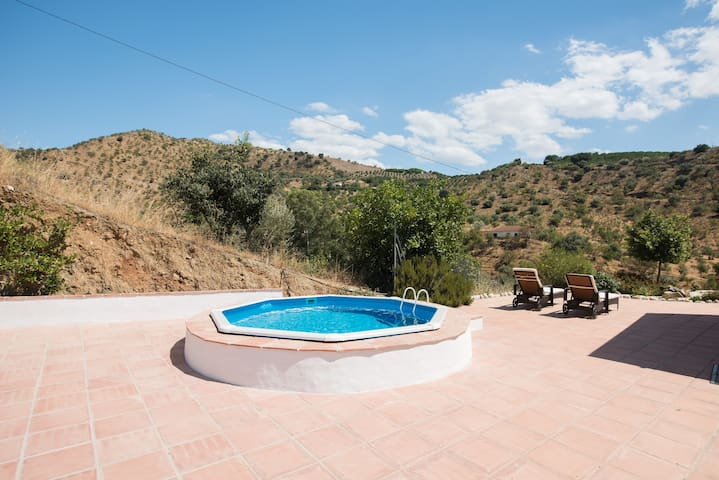 Alora casa romantic private getaway for two & pool