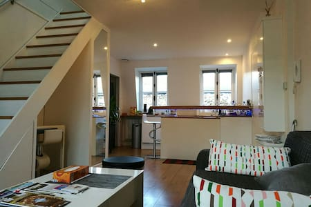 Design & charming apartment next to the castle - Versailles - Appartement