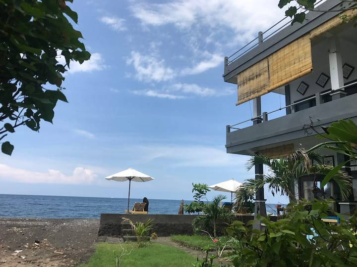 Kadek Homestay cozy aparts on the beach