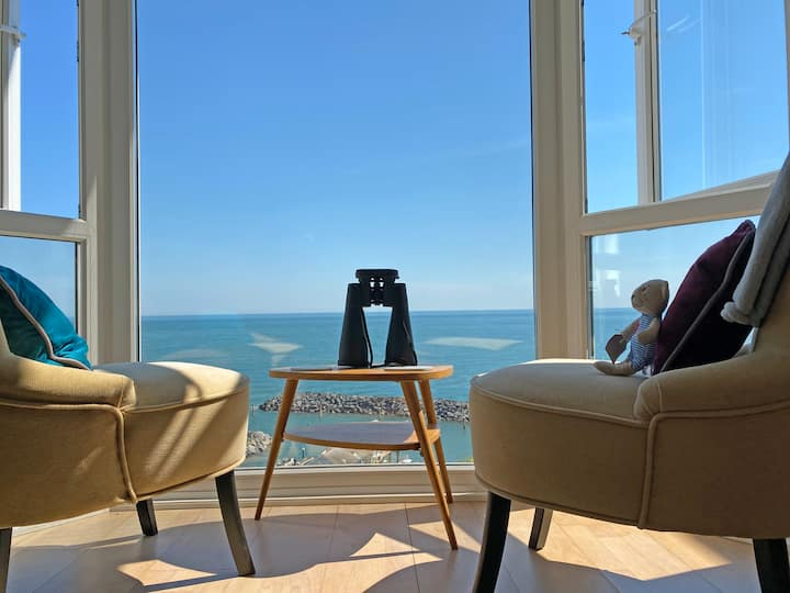 Unrivalled view of the sea and Ventnor Haven