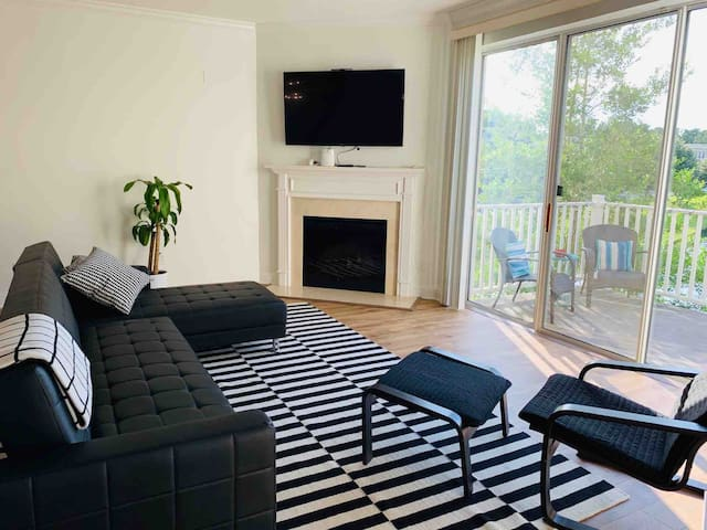 Amazing & Spacious 3-BR House in GREAT location