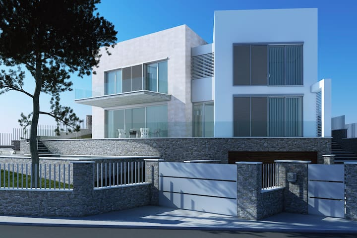 LUXURY VILLA ON THE FRONT COAST - Alcudia - Villa