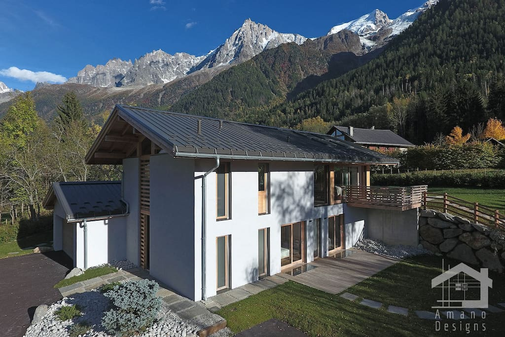 Views of the Mont-Blanc massif from the chalet