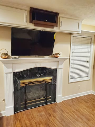 Cozy 2bdrm Condo minutes from Ft. Bragg & shopping