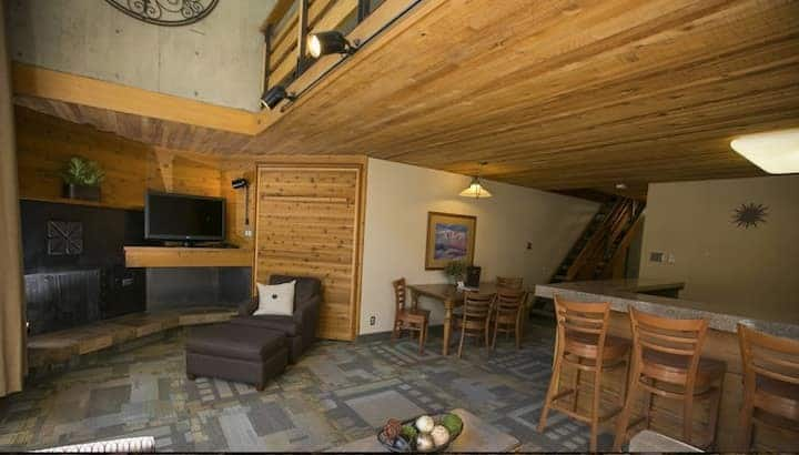 Snowbird Iron Blosam Lodge Mountain Suite #2
