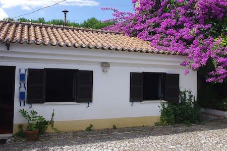 Traditional cottage near Costa Azul and Palmela - Quinta do Conde - Haus