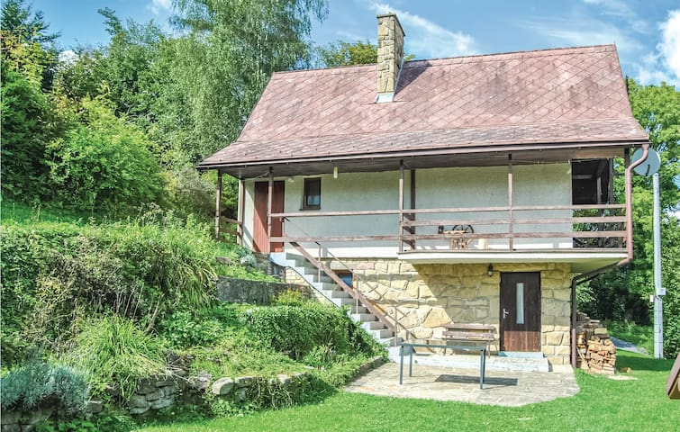 Holiday cottage with 2 bedrooms on 72m² in Mala Bystrice