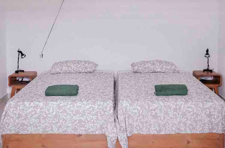 Twin Beds in Pererenan next to Canggu (5 minutes)