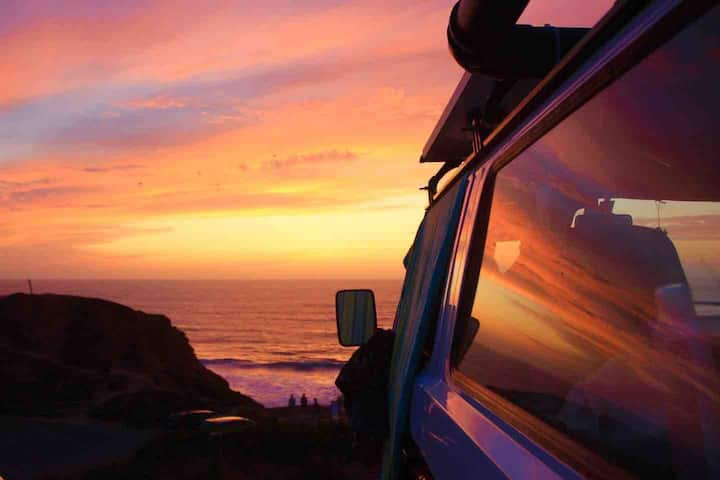 Romantic time-out in a classic VW T3 with Sea View