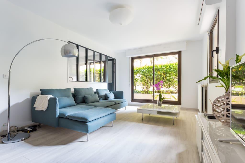 Quiet flat terrace close to paris appartements louer - Chambre d hote levallois perret ...