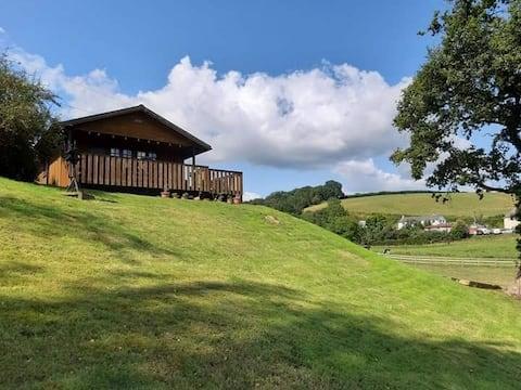 Kaunis Primrose Lodge upeassa Mid Devonissa