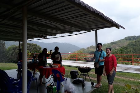 ENTIRE HOUSE TAMBUNAN NATURE LODGE