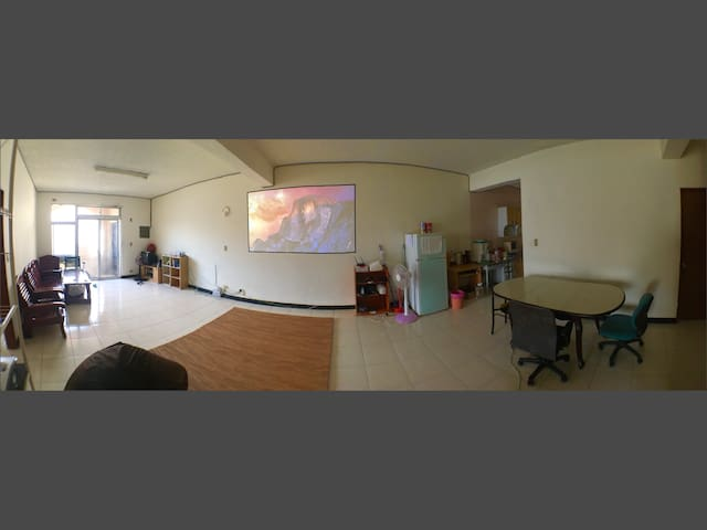 Big and cheap room in Tainan, East district. - East District - Daire