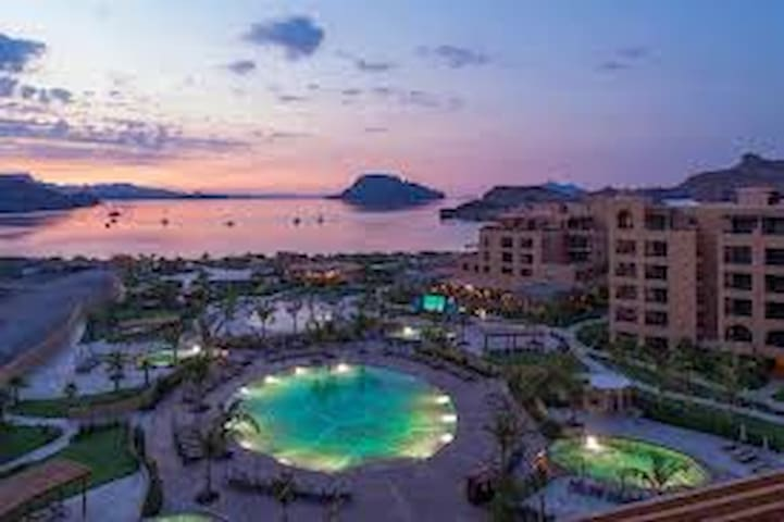 Luxury 1 Bedroom Suite at Villa Del Palmar Loreto