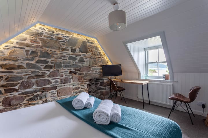 Plockton - 'Sea View Apartment'