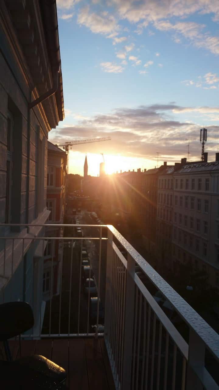 Big apartment w balcony in the heart of Vesterbro