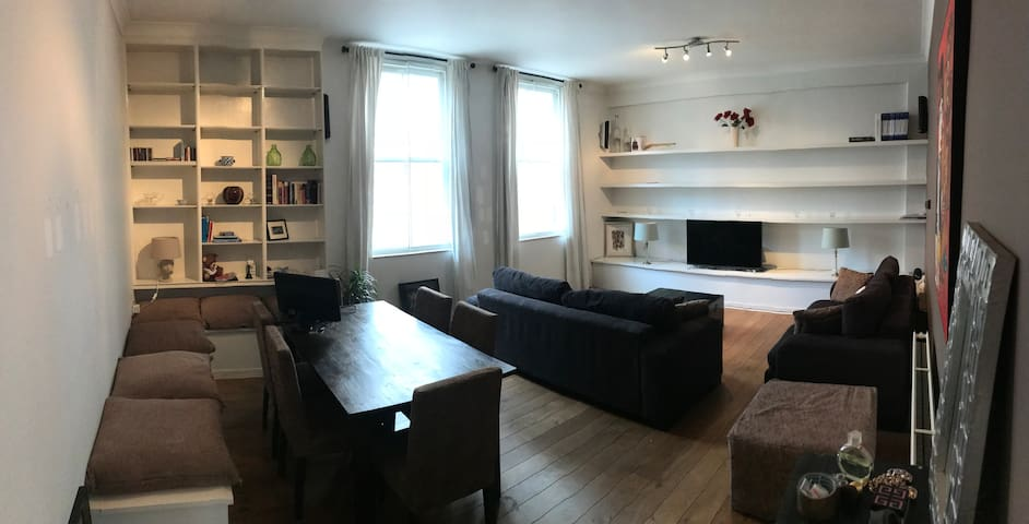 Chelsea/Earls Court Double room in lovely flat