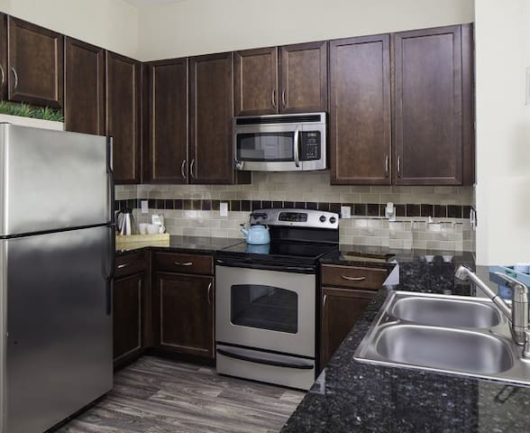Modern 1 Bedroom in Medical District - Dallas - Apartment