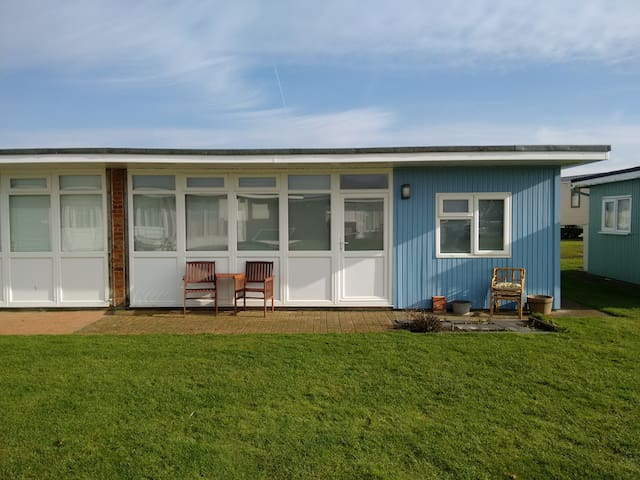Seaside Chalet - Camber