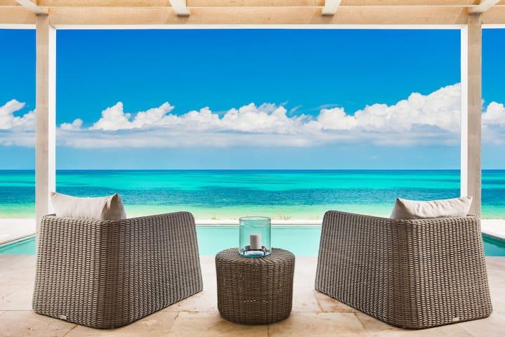 2 BDM Beachfront Villa | Sailrock Resort (123536)