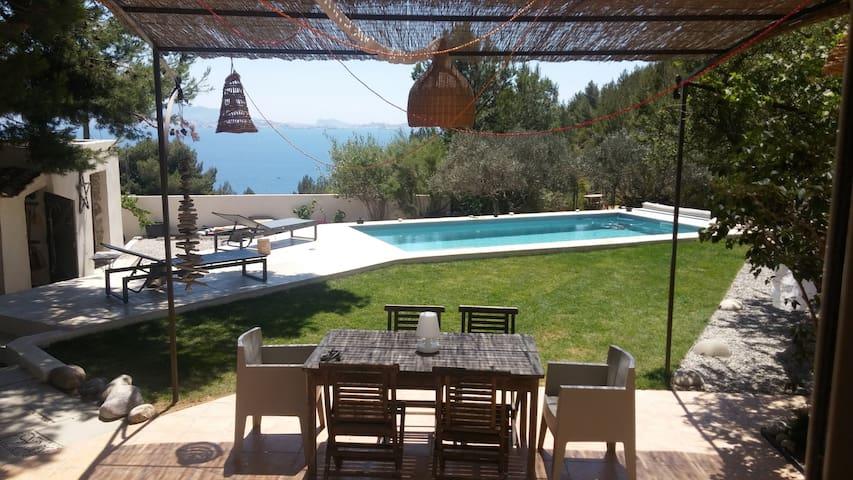 Villa Calanque Marseille, piscine, 500 m de la mer - Le Rove - Villa