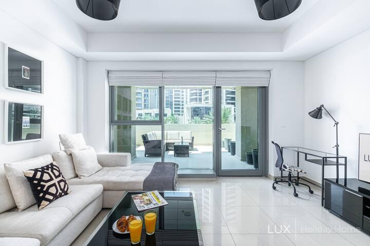 LUX | Premium Suite in The Burj Khalifa District