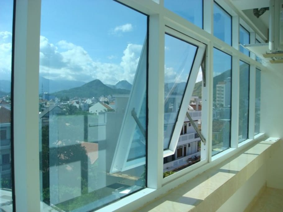The view from the  balcony window. Вид из окна лоджии.