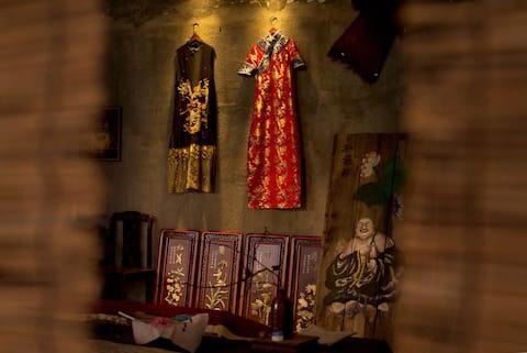 近西站 沙坪坝站 磁器口 白公馆 温泉 藏在百年旗袍传统特色民宿 绝对独一无二的古床体验 开发空间