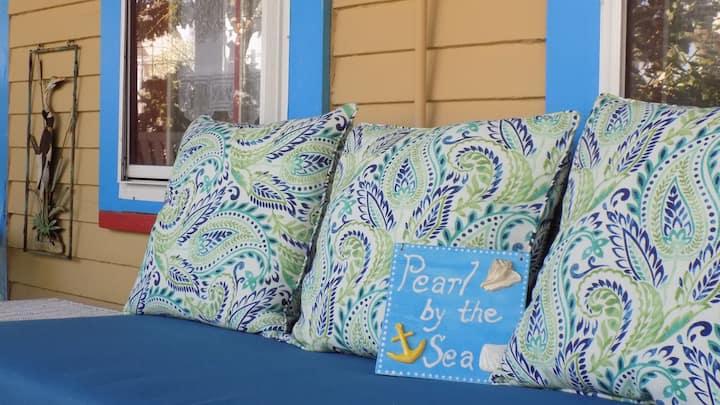 Pearl by the Sea - Historic Seaside Getaway!