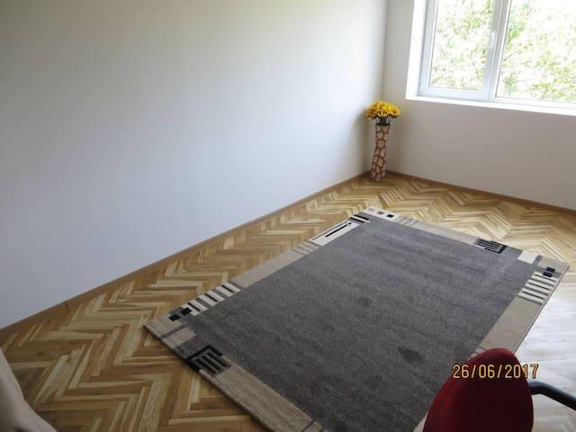 Ruhiges Einzelzimmer in Lovech