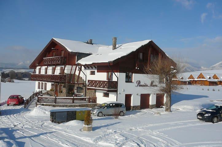 Penzion v strede regiónu Liptov - Liptovský Trnovec - Bed & Breakfast